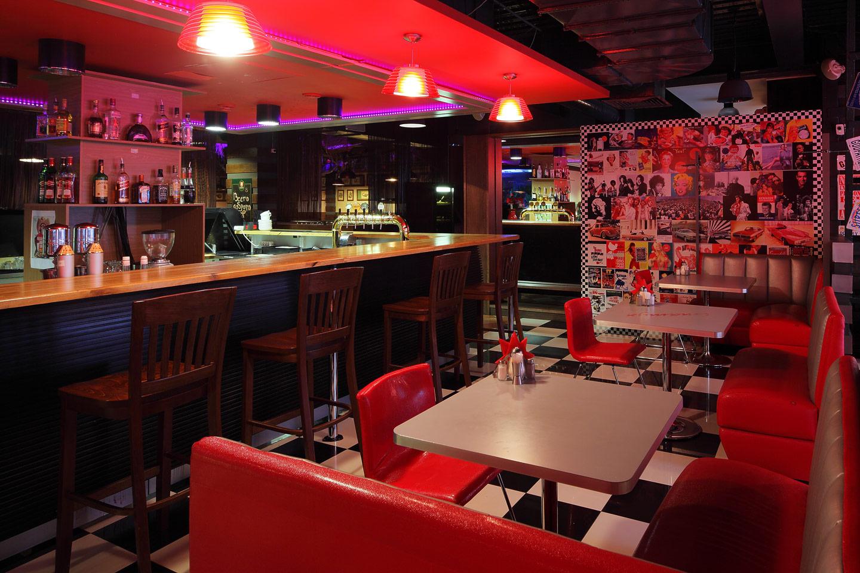 ресторан STOP DINER на Семеновской площади